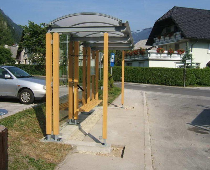 avtobusna nadstresnica bushaltestelle apl k04 dscf4848