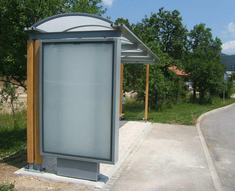 avtobusna nadstresnica bushaltestelle apl k05 dscf4900