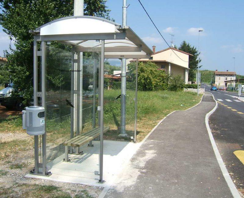 avtobusna nadstresnica bushaltestelle apl r03 dscf4938