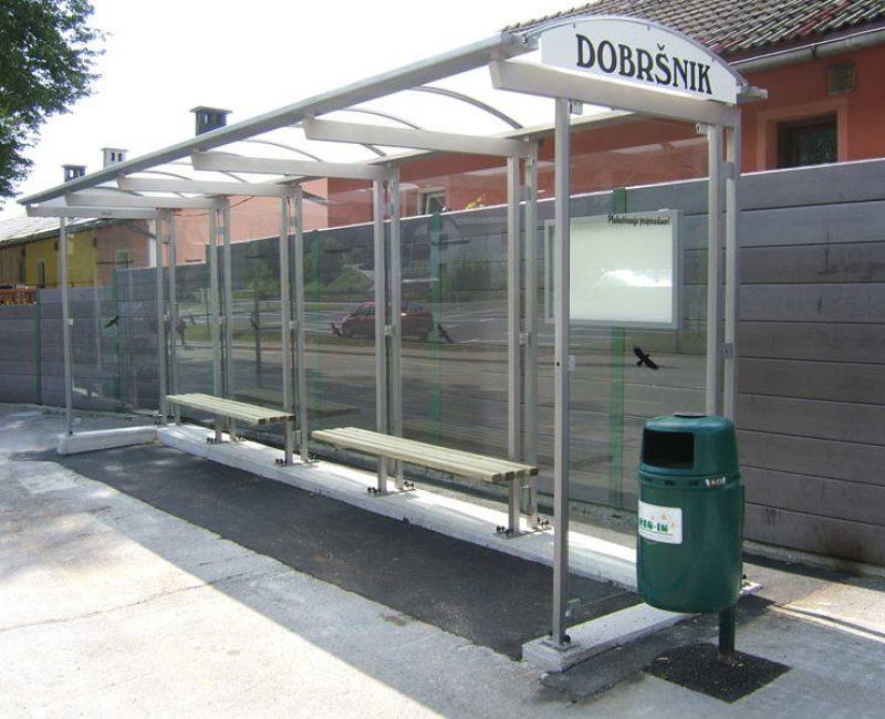 avtobusna nadstresnica bushaltestelle apl r06 dscf5876